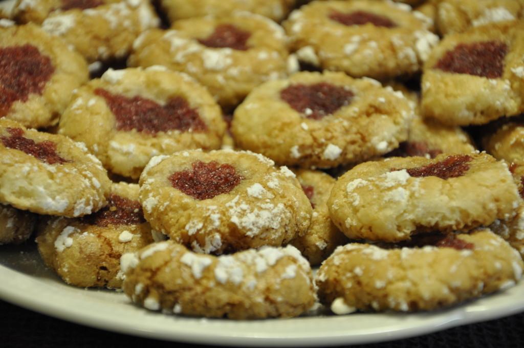 Migdałowe  ciasteczka z konfiturą różaną (7)