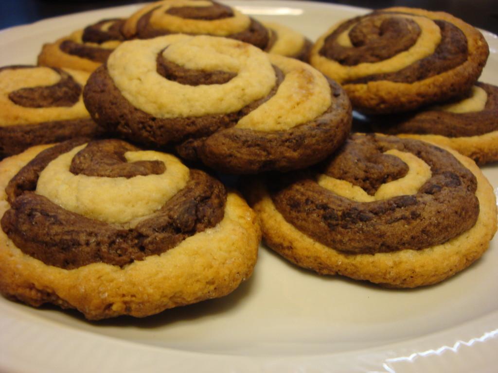 kruche ciastka czekoladowo-waniliowe 2