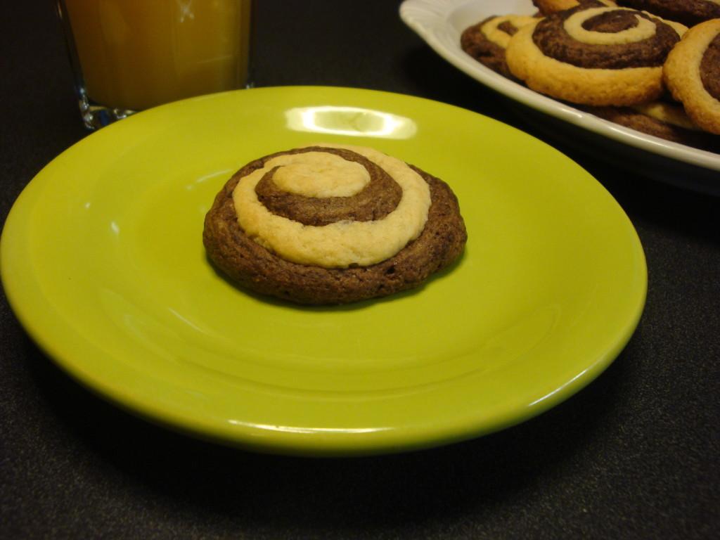 kruche ciastka czekoladowo -waniliowe 3